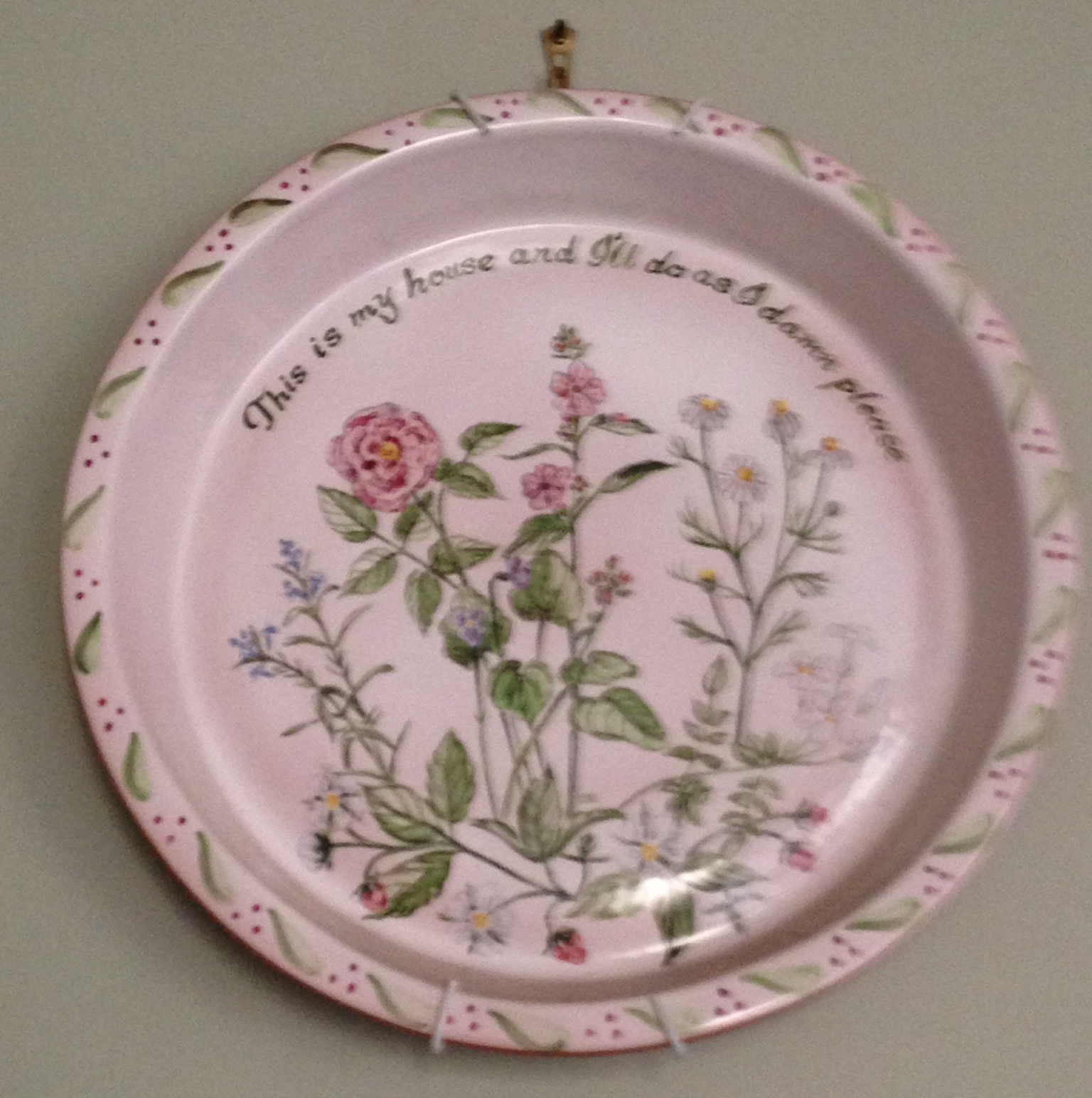 Plate inspires embroidery design