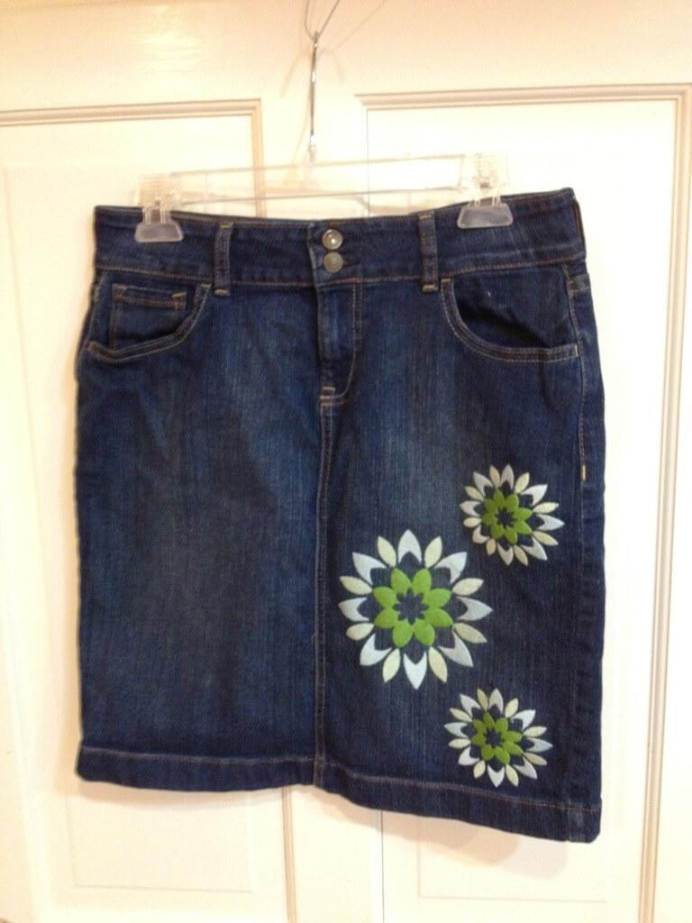 Thailand flower embroidered skirt