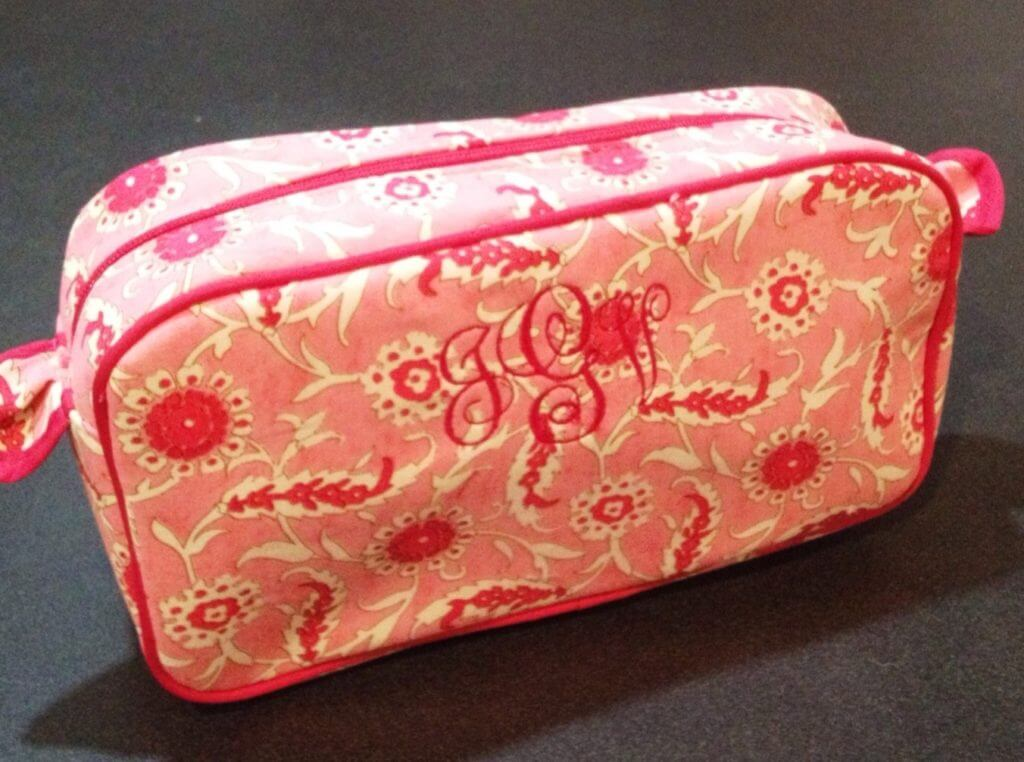 monogrammed cosmetic bag is one of the best gifts to make for teenage girls on an embroidery machine