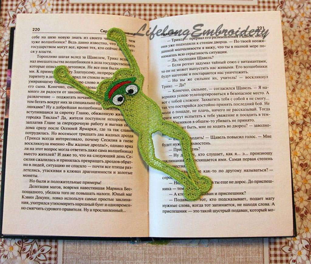 free standing lace animal bookmark