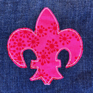 fleur de lis raw edge appliqué design