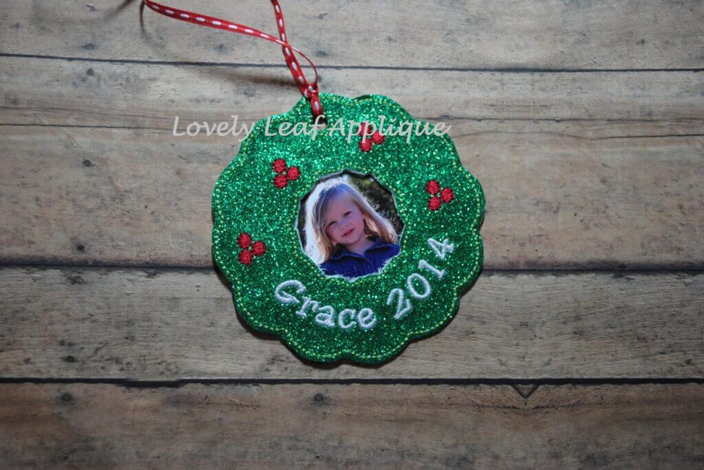 photo wreath from lovely leaf applique