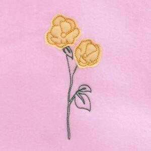 modern daffodil appliqué design